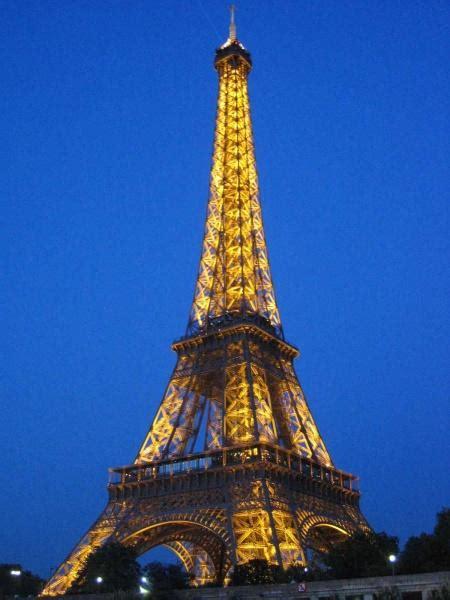 Pasaulē apbrīnojamākās celtnes - Spoki