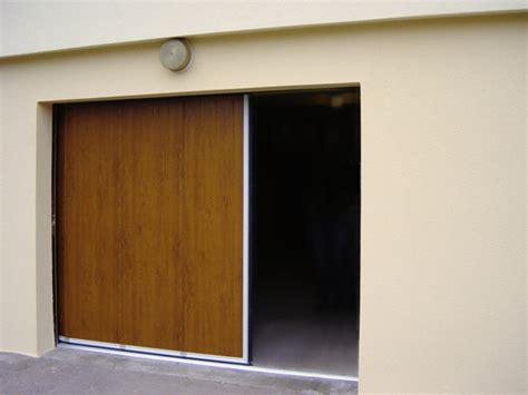 portes de garage coulissantes sur mesure porte de garage lat 233 rale couleur bois
