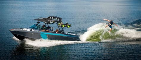 Best Ski And Wakeboard Boats by Ski Surf Boats Buyers Guide Discover Boating