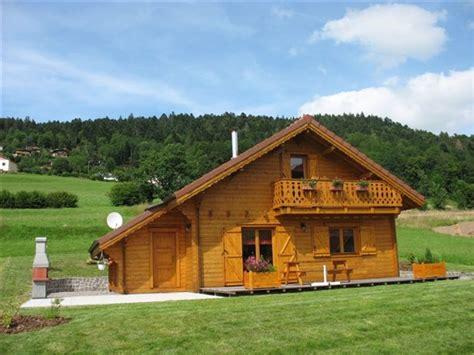 prix pour construire un chalet plans et photos chalets en madriers et ossature bois