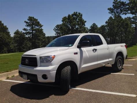 buy   toyota tundra base crew cab pickup  door