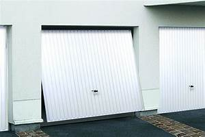 Porte de garage basculante novoferm for Porte de garage basculante pour modele de porte exterieur en pvc