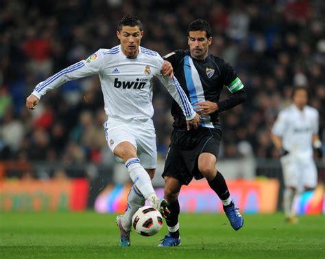 Cristiano Ronaldo, Fernando Escribano - Cristiano Ronaldo ...