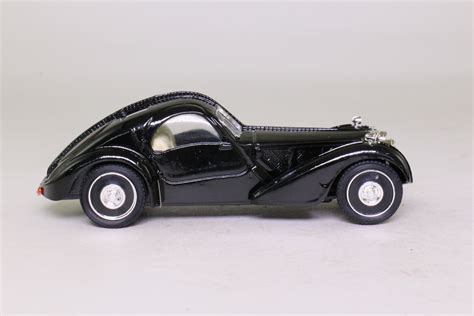 The car was put on display at the 1937 auto salon in nice and its subsequent history is not fully known. Brumm 57-S; 1934 Bugatti Type 57 Coupe Atalante; Black; Excellent Boxed | eBay
