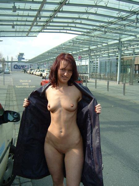 Exhibitionist Nude Flash October Voyeur Web Hall Of Fame