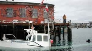 wicked tuna star s boat sinks at dock new england