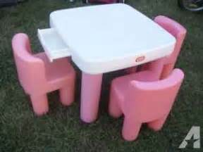 little tikes pink and white table and chairs w drawers