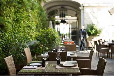 restaurant lounge dans  hotel de luxe  etoiles