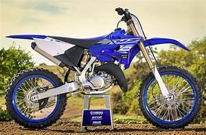 Moto 125 2019 : yamaha yz 125 2019 fiche moto motoplanete ~ Medecine-chirurgie-esthetiques.com Avis de Voitures