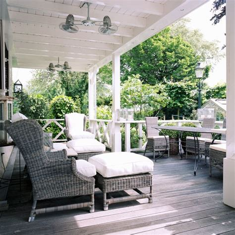 veranda step inside a colonial style house