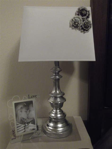 diy lamp makeover  lamp base   ugly gold