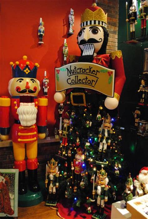 decorative nutcrackers for christmas 245 best nutcrackers images on nutcrackers