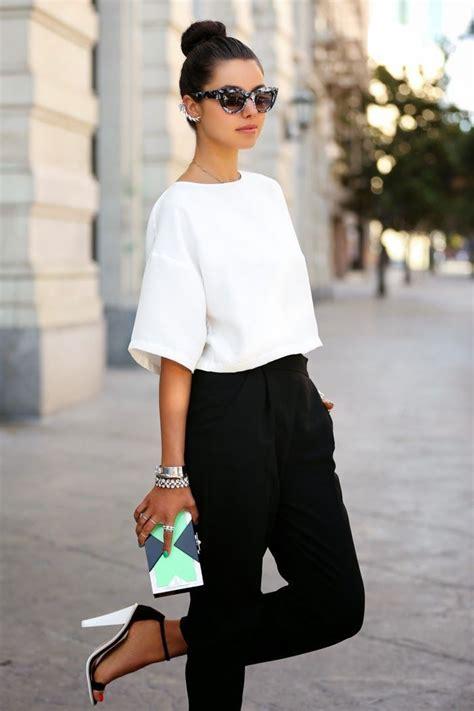 Top 20 Crop Tops Street Style Looks 2018 Fashiongumcom