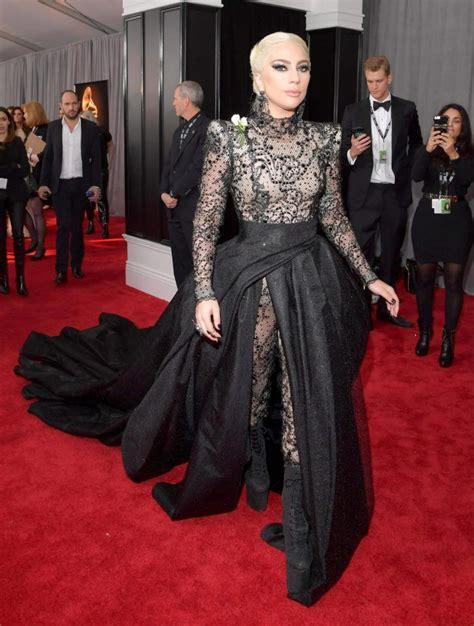 Grammys 2018 | Fashion, Red carpet looks, Red carpet fashion