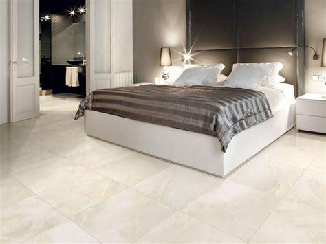 pavimento in gres porcellanato smaltato effetto marmo