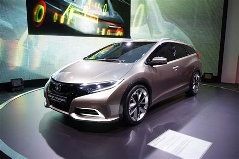 future honda civic honda civic tourer concept