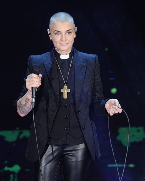 17 декабря 2019 · текст: Sinead O'Connor Won't Appear At AMA's With The Pope - Fame10