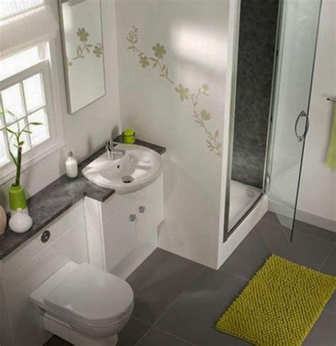 Baddesign Mit Blumen Bemalung An Der Wand  77 Badezimmer