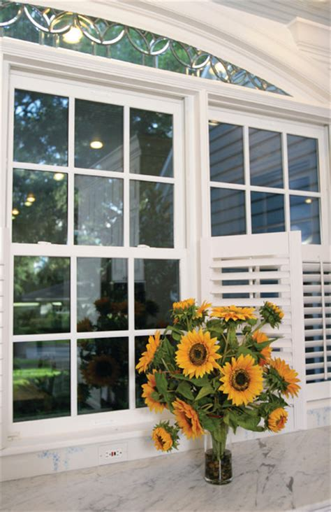 replacement windows windows cincinnati ky window world   queen city