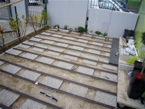 terrasse composite lames et lambourdes sur dallettes b 233 ton