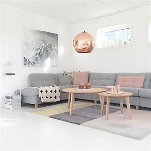 Sofa Nordischer Stil : wohnzimmer im skandinavischen einrichtungsstil ~ Lizthompson.info Haus und Dekorationen