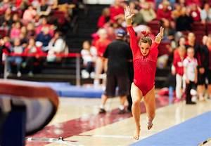 Vaculik and Morgan lead women's gymnastics to NCAA ...