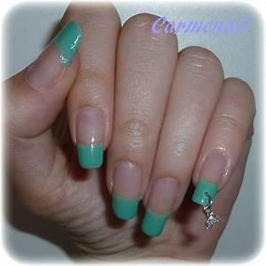 French Manucure Couleur : shrek ou schtroumpf manucure nail art de carmen la ~ Nature-et-papiers.com Idées de Décoration