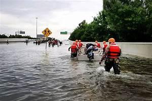 Harvey will continue to dump rain on flooded areas through ...