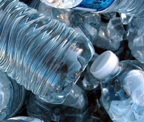 was kostet wasser und abwasser studie 64 des flaschenwassers ist wasser aus der leitung und kostet das 2000 fache report