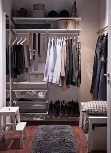 Kleiner Kleiderschrank Weiß : kleiner begehbarer kleiderschrank u a mit algot wandschiene stange und schuhaufbewahrung in ~ Sanjose-hotels-ca.com Haus und Dekorationen