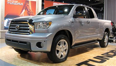 The 2018 toyota tundra is capable of towing up to 6,800 lbs. Toyota Tundra - Wikipedia, la enciclopedia libre