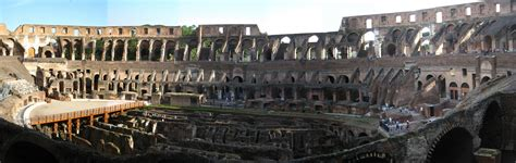 click to colosseum panorama