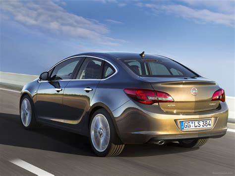Opel Astra 2013 by Opel Astra Sedan 2013 Car Picture 01 Of 8 Diesel