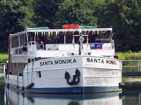 Submitted 9 days ago by vaguelyartisticdowntown santa monica. Santa Monika - Ambientetrauungen - Standesamt ...