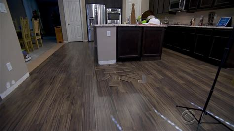 flooring news lumber liquidators customers still testing laminate floors for formaldehyde cbs news