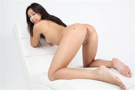 Brunette Model Jasminne Gets Naked For You In Her Casting