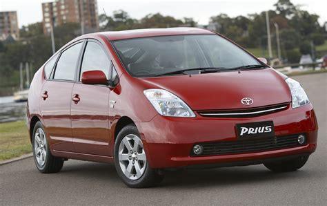Toyota Car : Toyota Recalls 2.76m Cars; 12,710 Prius Hybrids In