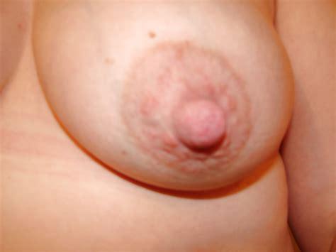 Frau Titten Und Große Brustwarzen Porno Bilder Sex Fotos
