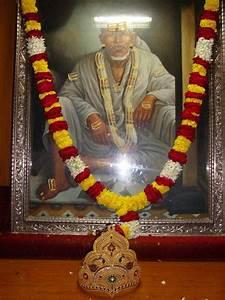 Crown for Sai B... Shirdi Sansthan
