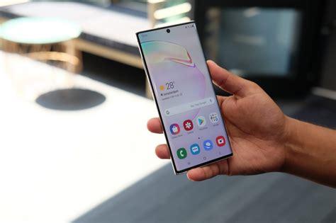 microsoft paying iphone users  buy  samsung