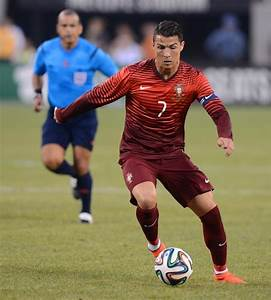 Portugal crushes Ireland as Ronaldo is World of difference ...