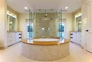 Modern, Master, Bathroom, With, Rain, Shower, Head, Flush, Glass