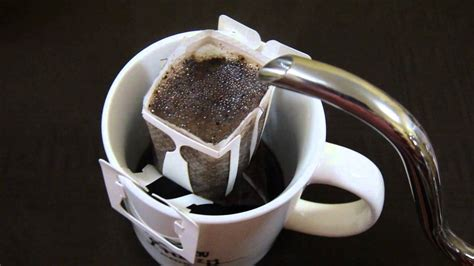 Making better coffee is all about eliminating variables, and one way to do that is to use the same amount of coffee per unit of water each time you brew. Drip Bag Coffee Extraction - YouTube
