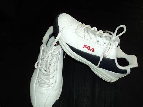 Sepatu Fila Rapido perempuan dalam charity sale sepatu