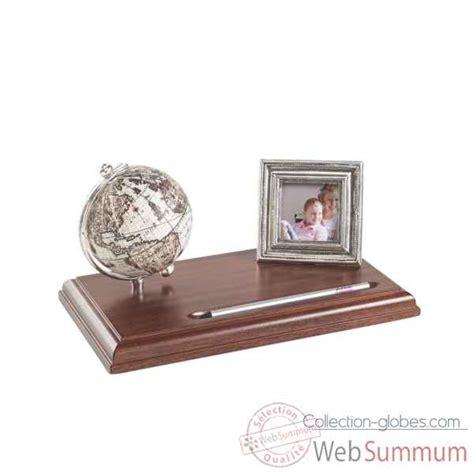 bureau mappemonde mappemonde de bureau avec photo cadre zoffoli dans bureau