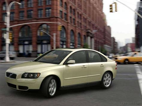 volvo  sedan specifications pictures prices