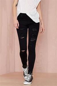 Black and white u2022 tumblr fashion u2022 teen style u2022 cute clothes u2022 sweater weather u2022 autumn fall ...