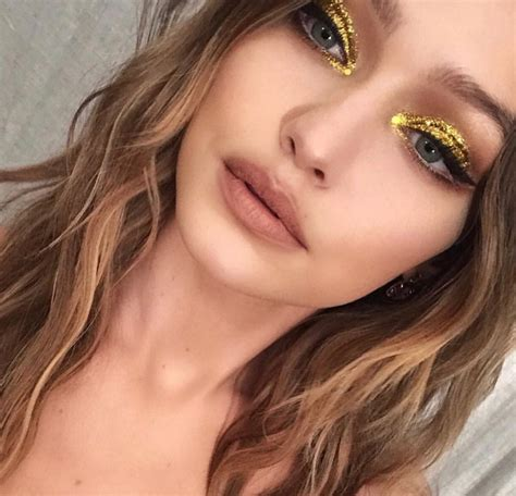 gigi hadid steps   gold makeup   birthday mojeh