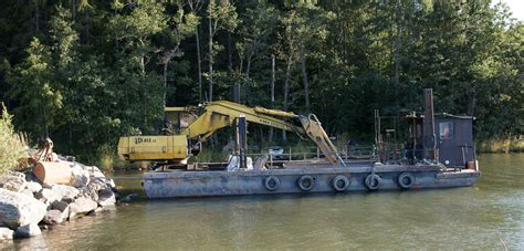 floating excavators tractor construction plant wiki  classic vehicle  machinery wiki