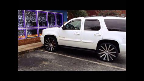 yukon sitting    wheels  tires